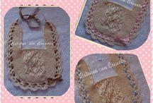 Baberos personalizados de bebé. / http://anetascamisetas.blogspot.com.es/