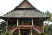 Fawzaan = Rumah Adat Sulawesi Utara