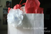 Crafts - Gift Wrapping Ideas / by Renee Goodrich