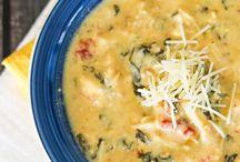 Soups n Stews / by Selene Preciado