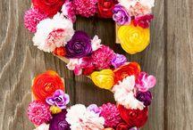 ES çiçek!  / Çiçeğin yeni esintisi #escicekcom çok yakında sizlerle!  #güzelbirhaftasonu #diliyoruz #çokyakında #çiçektasarım #çiçeğinesintisi #esçiçek #haftasonu #günaydın