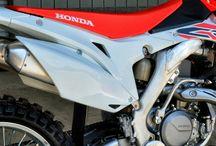 2016 Honda CRF450R Review / Specs / Pictures & Videos / 2016 CRF450R Dirt Bike Horsepower | Specs | Pictures & Videos + More on Honda's baddest CRF 450R MX / SX Race Bike!