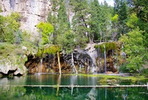Hanging Lake- Glenwood Springs, Colorado / Hanging Lake National Natural Landmark is located near Glenwood Springs, Colorado and one of the most beautiful spots for photography in the state.