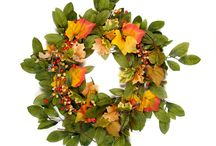 Fall Wreaths / Beautiful fall wreaths / by Bella Marie