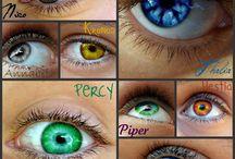 Šílené barvy očí