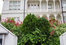 Evler ve Bahçeler