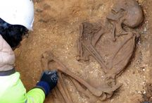 burials (archeology)