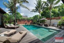 Villa Eshara, Seminyak / Villa Eshara,  the villa with luxury which located in the home of the classiest properties on the Bali island which is Seminyak – Bali This villa has 3 (three) property that can be booked separately or the whole villa to create an expansive 8 bedrooms private complex.