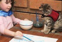 Συγκινητικές φωτογραφίες / Η φιλία της 5χρονης αυτιστικής με την γάτα της θα σας ραγίσει την καρδιά