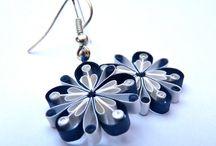 jewellery / ékszer / quilling / Quilling ékszerek táblája: fülbevaló, nyakék, hajráf...