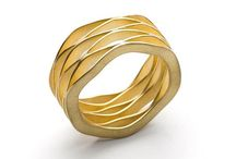 Shrishti-plain gold