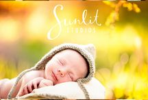 Brisbane Outdoor Newborn Photos / We specialise in outdoor newborn photography. It's tricky working wight he elements, but oh so worth it! We love the natural sunlight combined with these adorable babies!