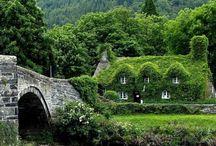 Krajina...domy, tunely, příroda...
