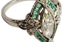 Smykker og tilbehør nye og gamle