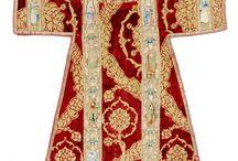 L'abito del Sacro / Pagina di valorizzazione dei tessuti antichi di ambito ecclesiastico