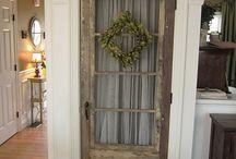 Old Doors / Gamla dörrar