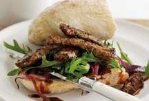 Scrummy Sandwiches / Make lunchtime more interesting.