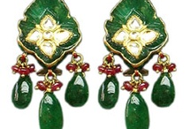 Unmatched Kundan Jewellery /  Now, we are offering special and new verities of kundan jewelley in particular shape today each womens want to go with latest fashion trends of jewellery which is priceless and give stylish look in special occaaions, our kundan jewellery customised for weddings or special occasions.