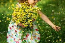 Children And Flowers | Benjamins-Products / Children and flowers.
