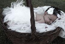 Børneportrætter / De kære små. Stemningsfulde billeder af børn og babyer fotograferet af Marianne Lauritsen - BerthasFoto