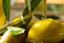 Gourmet: Aceite de oliva virgen extra / Los mejores aceites de oliva virgen extra para gourmets, de primera extracción en frío y envasados en vidrio oscuro y lata para protegerlos de la fotoxidación.
