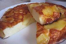 Творожные яблоки пирог
