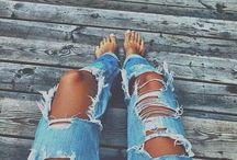 Destroyed Look / Netzstrumpfhosen und kaputte Jeans? Hier gibt es die coolsten destroyed Outfits.