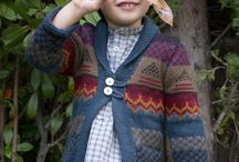 Knitwear / Cardigans, sweaters, knitted hats and scarves, woolen pants and all kinds of knitwear for boys, girls and babies.