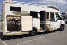 Camper & Caravan