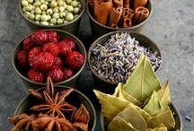 Cucharas en alto! / Cocina, recetas, especias, aliños, ñum!