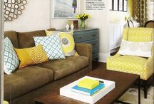 Living Room - add pizazz / by Faye Otero