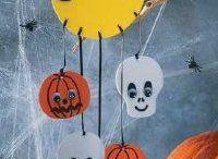 Halloween / Ideas for Halloween art projects (school)