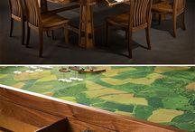 Lautapelit pöytä ja säilytys