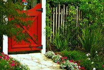 Bahçe kapısı