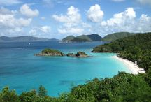 Paddleboarding in the Virgin Islands / Paddleboarding on St. John in the US Virgin Islands