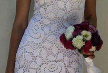 связанные платья крючком