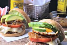 Burgers / Delicious burger recipes that will make you want to break out the grill!