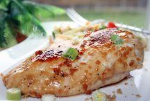 Chicken Recipes / by Stephanie Goodrich