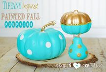 Fall Fun & Decor / A fun collection of everything fall for the house, yard & you!