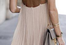 Vestidos plisados para invitadas