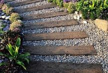 gardens with railway sleepers / This is a selection of gardens with railway sleepers, found on the internet. Deresch Landscaping is/was NOT involved in any of these projects.
