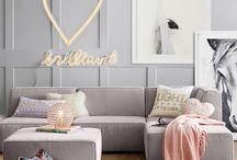 Tween lounge