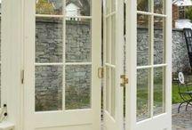 interior.exterior_door