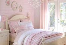 Little girls bedroom / by Callie Elton