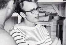 James Dean Dreams / I've had a crush on James Dean ever since I was little. What's not to love? Just look at him!
