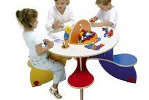 Tables avec jeux intégrés