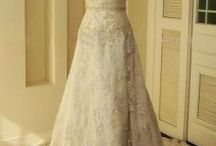 Wedding Dresses  / by Janelle Gresdel