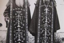 русские монахи