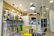 Cafeteria/Kitchen / Barstool, table