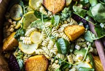 Pasta + Noodle Salads / Pasta and noodle salad recipes made with seasonal ingredients. Mostly gluten-free and vegan. Pinned by Loveleaf Co.